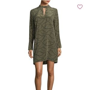 EQUIPMENT Cadence silk dress w/ stars size M